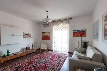 Appartamento 4 posti - Quiet 4-beds flat - Bresso - Lejlighed