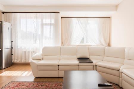 апартаменты в Красной Поляне г.Сочи - Wohnung