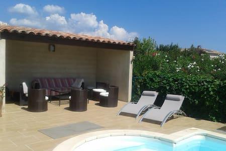 Independant House + Swimming-pool - Ghisonaccia - House