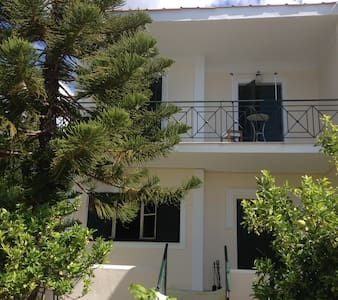 Kefalonia Cottage -For 4- Sea View - Vlachata - Hus
