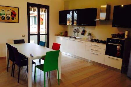 Grazioso appartameno in affitto - Wohnung