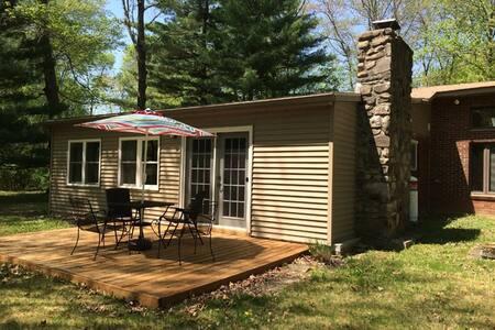 Quiet Cottage in Gardiner - Casa