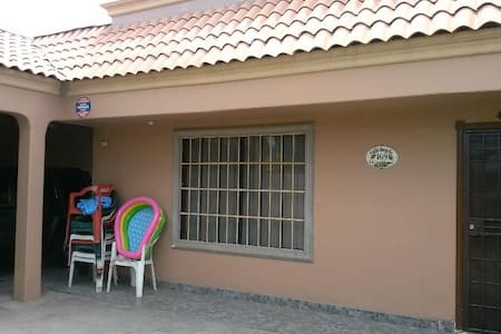 Room available / cuarto disponible - Bed & Breakfast