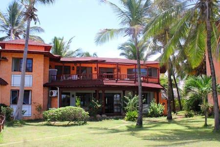 Private Paradise in Watamu - Lakás