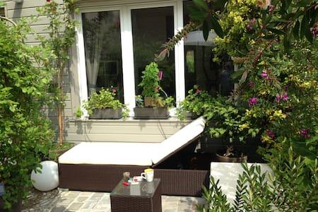 Room + ensuite bathroom + terrasse - Alfortville