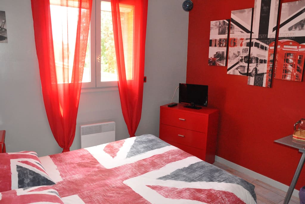 "ROOM ""MADE IN LONDON"""
