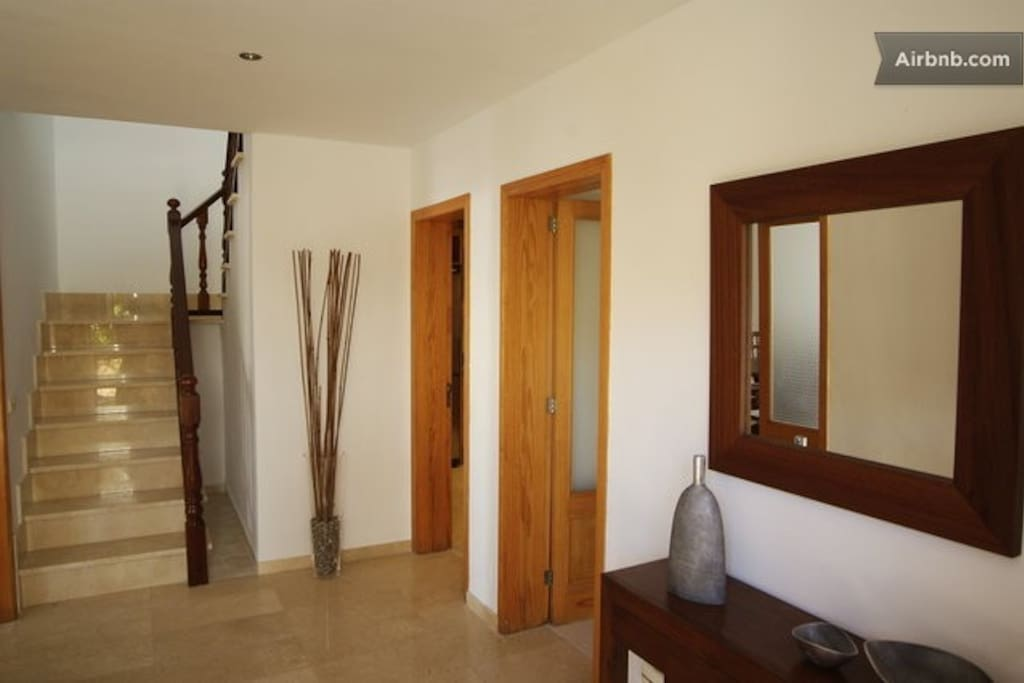 Villa near beach,golf, pool,10 pax.