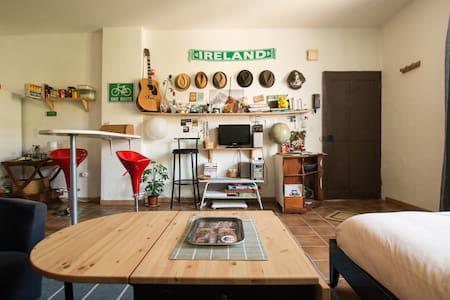 Small 33m² studio apartment in Apt - Apt - Apartment