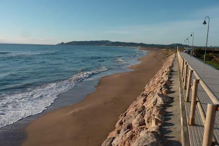 T2 accès direct à la mer - Leilighet