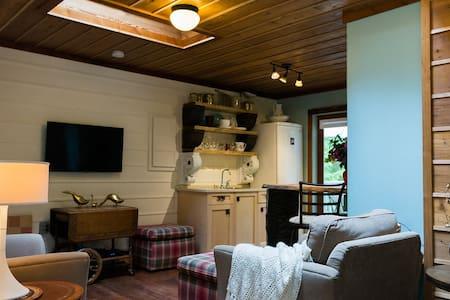 Sevendune Cabin - Comox