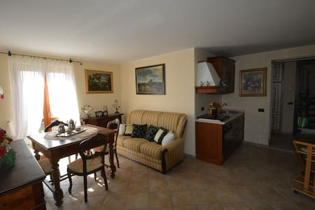 The Terrace on Umbria, apart for 2 - Pesciano
