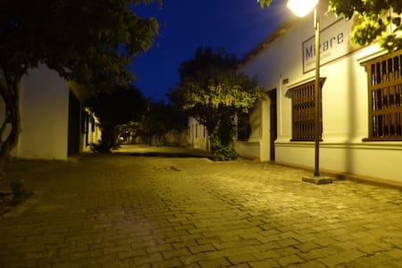 Mizare Sede III - Colonial - Lakás
