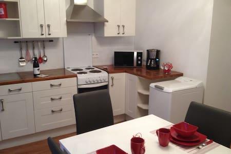 Bel appartement  centre historique Pezenas - Pézenas - Lejlighed