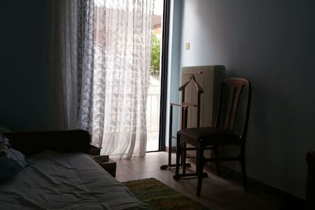 Private room in Argos, between Nafplion 'n Mycenae - Argos - Dom