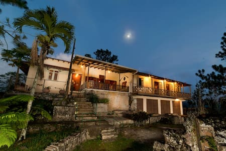 Hacienda Bona Vista-Meuseum w/Wi-fi - Casa