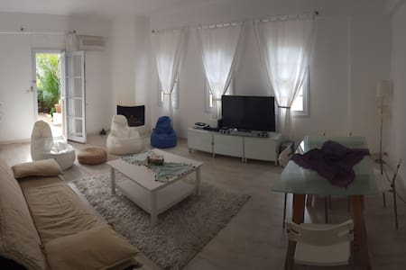 A cozy garden flat in Kas center - Apartment