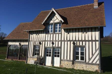 Maison de campagne 15 min Deauville - Rumah
