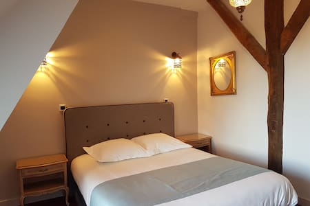 Chateau d'Ardree Suite VI for 6 pax B&B Near Tours - Castle