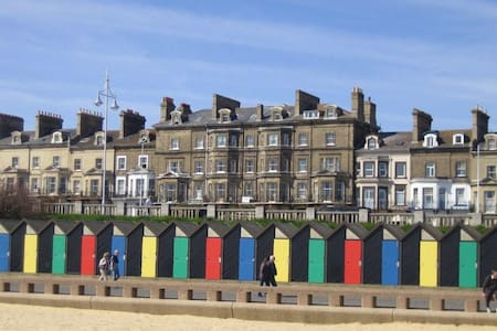 Seaside apartment with great sea view - Lowestoft - Lejlighed