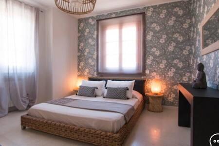 Matrimoniale ZEN con ampio bagno - Pietrasanta - Bed & Breakfast