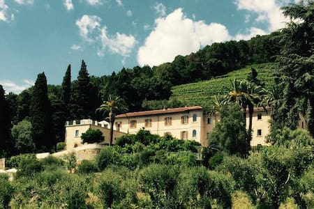 Relais & Winery Montepepe. Duplex Suite Alberico - Inap sarapan