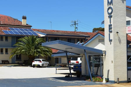 Cowra Motor Inn - your home away from home. - Apartment