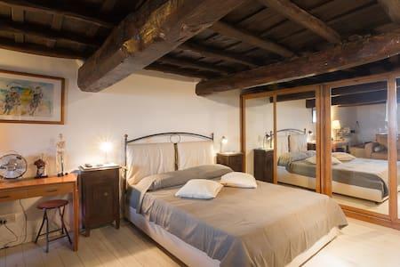 Indipendent apartment with garden near Rome - Montecompatri - Apartment