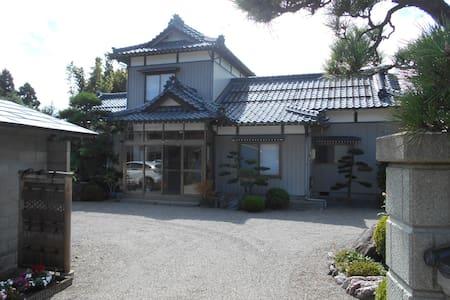 入母屋造り 日本家屋 Japanes  irimoya - Huis
