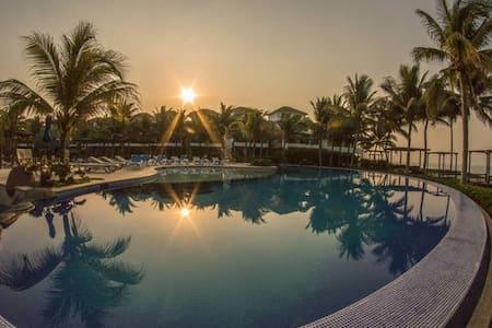 Luxury Villa by the beach - Monterrico - Villa