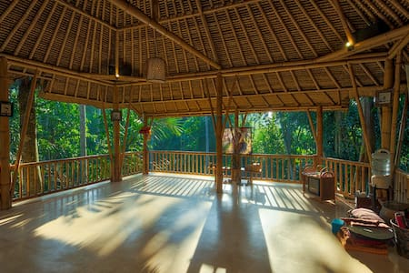 LUXURY ROOM + Free yoga classes - Villa