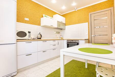RentHouse Апартаменты на Итальянском Бульваре - Tolyatti - Lägenhet