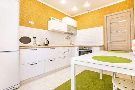 RentHouse Апартаменты на Итальянском Бульваре - Tolyatti - Apartment