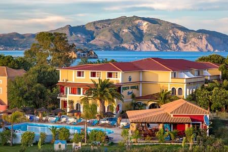 Porto Koukla Beach Hotel D-room - Zakinthos