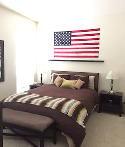 Private Bedroom/Bathroom in PC $72 - Apartment