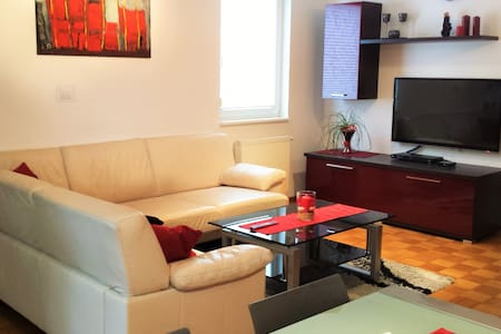 Luxurious RUBIN Apartment in CENTRE Kobarid - Byt