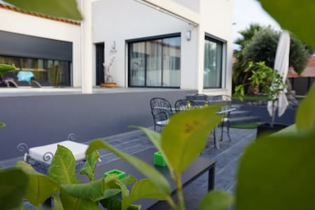 Calme et Confortable - Torreilles - Bed & Breakfast