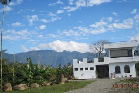 阿里山、瑞里、竹崎,最新最寬敞民宿,白樹角5號民宿 - Villa