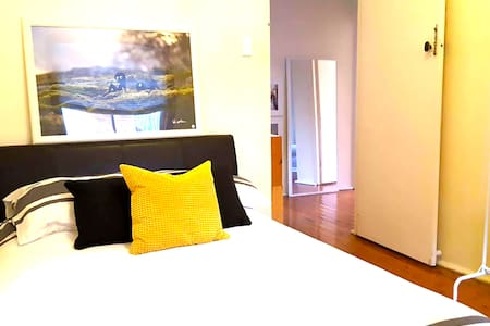 THE COOGEE CATCH! - Coogee, New South Wales, AU - Apartment