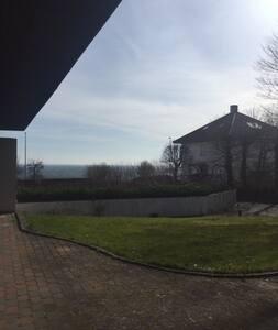 Hus på Strandvejen i Aarhus - Casa