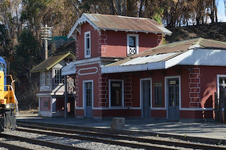 casa antigua estacion ferroviaria - Puangue - Bed & Breakfast