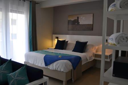 Sea Villa Apart'Hotel (1RM) - Flic en Flac - Bed & Breakfast
