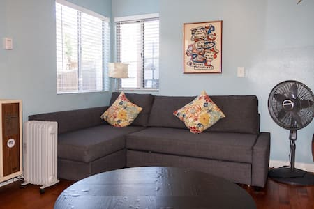 1BR Apartment Steps to Sand - Los Angeles - Apartment