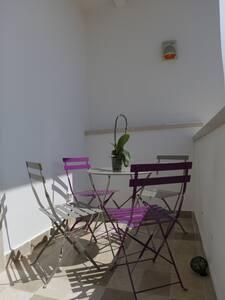 Camera in casa in Pietra condivisa