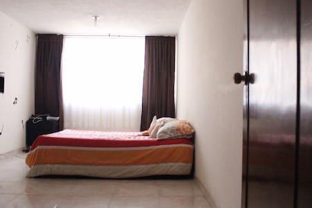 Apartamento grande y agradable - Bogotá