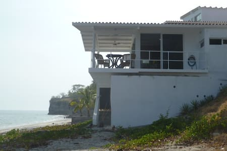 Playa Corona Casita on the Beach - Playa Corona - Domek parterowy