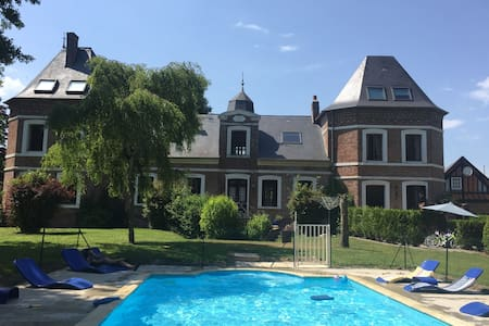 Chateau with Heated Pool and Gardens near Beach - Grandcourt