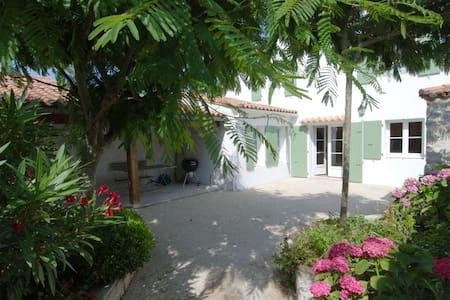 Villa dans le centre du village - Saint-Martin-de-Ré
