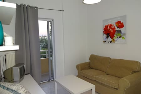 Modern furnished, Renovated apartment (200M beach) - Γάζι - Wohnung