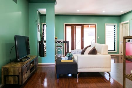 Comfortable, convenient villa in central Mosman - Mosman - Villa
