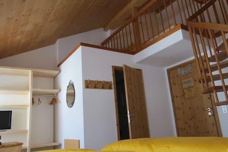 Familienzimmer Berninahaus - Pontresina